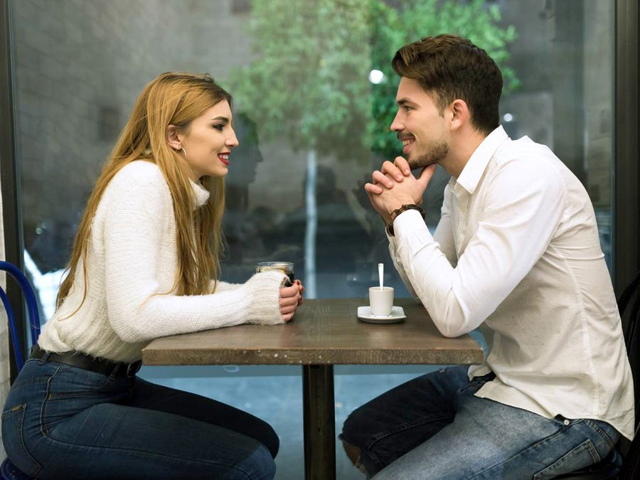 Extremely & Interesting First Date Questions